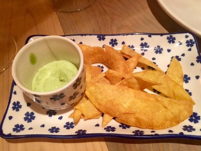 Ali Oli de Hierbas con Chips de masa frita