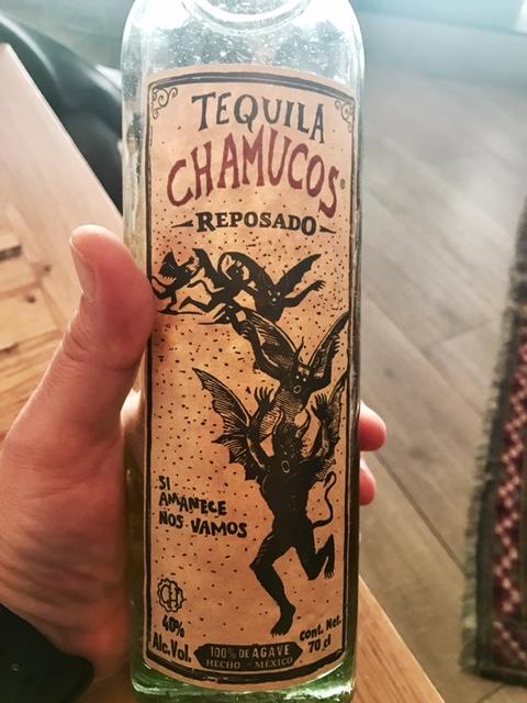 Tequila reposado Chamucos
