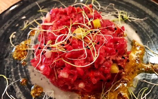 Steak Tartare con Guindillas de Ibarra