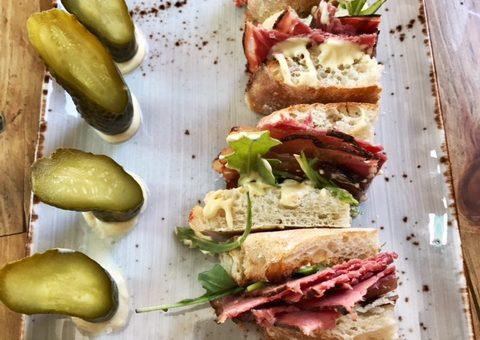 Sandwich de Pastrami estilo New York
